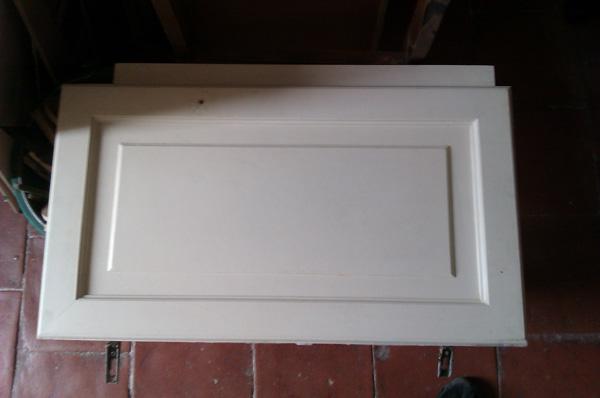 découpe numérique d'une porte de placard en bois | usinages etc? - Porte De Placard Salle De Bain